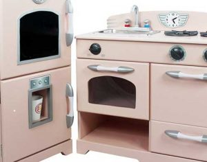 Plastic or Wooden, which play kitchen should I buy?